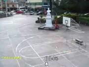 モニキラ - 広場