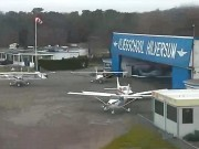 希尔弗瑟姆 - 希尔弗瑟姆机场
