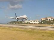 セント・マーチン島 - プリンセス・ジュリアナ国際空港