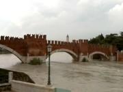 ヴェローナ - カステルヴェッキオ橋